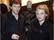 Raphaël et Mélanie Thierry : Invités d'une soirée camouflage en plein Paris