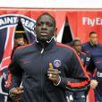 Mamadou Sakho lors d'un match entre le Paris Saint-Germain et Ajaccio au Parc des Princes le 4 mars 2012