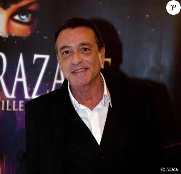Félix Gray à la première de la comédie musicale Shéhérazade - Les Mille et Une Nuits aux Folies -Bergère à Paris, le 6 décembre 2011.