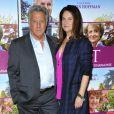 Dustin Hoffman et sa femme Lisa Hoffman pendant l'avant-première du film Quartet à l'UGC des Halles à Paris, le 26 mars 2013.