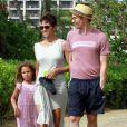 Olivier Martinez, Halle Berry, et sa fille Nahla en vacances sur une plage d'Hawaï le 27 mars 2013. Le trio profite du soleil.