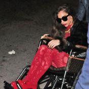Lady GaGa : Avec Taylor Kinney et son fauteuil roulant Vuitton, tout roule !