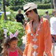 Halle Berry et sa fille Nahla sont parties à la chasse aux oeufs lors de leur séjour sur l'île d'Hawaï pendant le week-end de Pâques. Le 31 mars 2013.