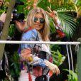 Fergie fait du tourisme à Rio de Janeiro, au Brésil le 3 avril 2013.