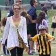 Britney Spears est allée voir ses fils Jayden et Sean Preston à leur match de football à Woodland Hills, le 14 avril 2013.
