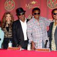 Katherine Jackson, La Toya Jackson, Tito Jackson, Jackie Jackson et Marlon Jackson à une conférence de presse à Beverly Hills, le 25 juillet 2011.