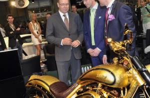 Albert de Monaco : Pris dans un déluge de luxe au salon Top Marques