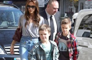 Victoria Beckham : Shopping et musée à Paris avec ses enfants et ses parents