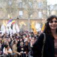 Agnès Gaubert au rassemblement des pro-mariage pour tous devant la mairie du 4e arrondissement de Paris, le 23 avril 2013.
