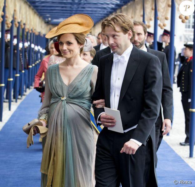 La princesse Aimée, enceinte, et le prince Floris d'Orange-Nassau à la Nouvelle Eglise d'Amsterdam pour la prestation de serment du roi Willem-Alexander des Pays-Bas, le 30 avril 2013.