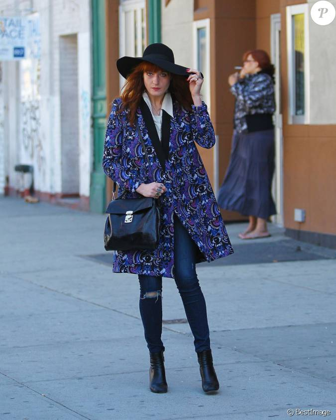 la chanteuse florence welch parfaite pour un clich. Black Bedroom Furniture Sets. Home Design Ideas