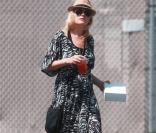 Malin Akerman, discrète dans les rues de Los Angeles le 3 mai 2013   Photo exclusive