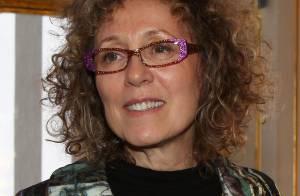 Mireille Dumas : ''Je suis très heureuse d'avoir encore maman à mes côtés''