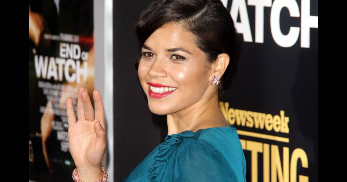 america ferrera 39 39 ugly betty 39 39 fi re dipl m e de la fac au bout de dix ans. Black Bedroom Furniture Sets. Home Design Ideas