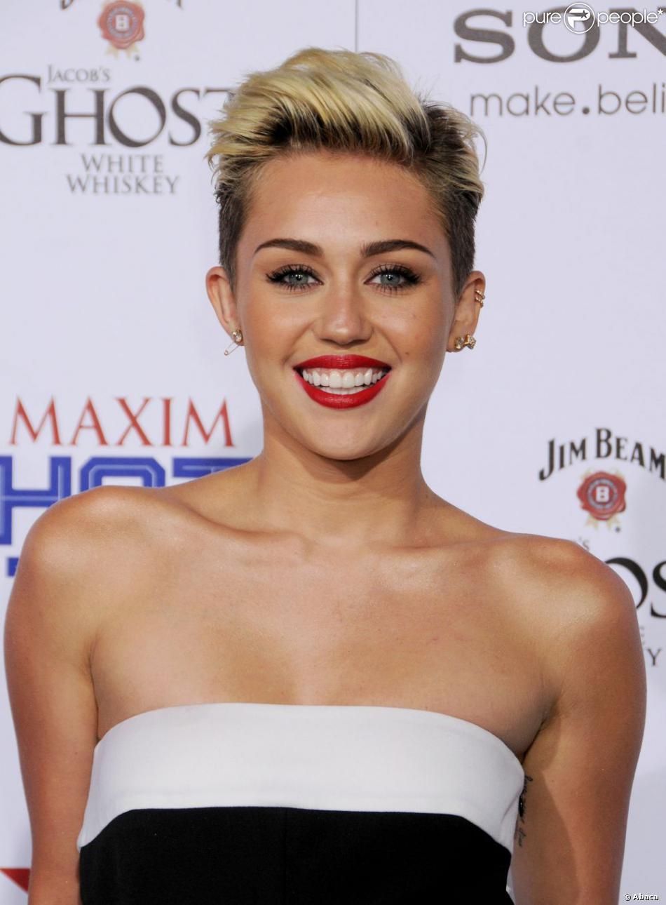 Miley Cyrus à la soirée MAXIM HOT 100 Party au club Vanguard de Los Angeles, le 15 mai 2013.