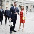 Carl Tham et Elinore Sylwander lors de la publication des bans du mariage de la princesse Madeleine de Suède et Chris O'Neill le 19 mai 2013