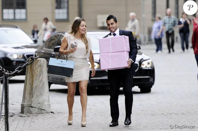 Josephine genetay et anderson zapata diaz lors de la publication des bans du mariage de la - Publication banc mariage ...