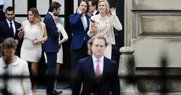 Ellen stendhal and jan dinkelspiel lors de la publication des bans du mariage de la princesse - Publication banc mariage ...
