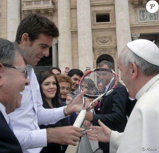 Juan Martin Del Potro rencontre le pape François au Vatican le 15 mai 2013.