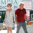 Exclusif - Johnny Hallyday se rend chez le medecin avec sa femme Laeticia à Los Angeles, le 14 mai 2013.