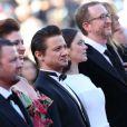 """Jeremy Renner, Marion Cotillard et James Gray lors de la montée des marches du film """"The Immigrant"""", lors du 66e festival du film de Cannes, le 24 mai 2013"""