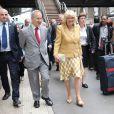 Camilla Parker Bowles arrivant à Paris en fin de matinée le 27 mai 2013 pour une visite de deux jours en sa qualité notamment de marraine d'Emmaüs UK. L'après-midi, elle visitait les sites de l'association à Bougival et Chatou.