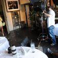 Brooke Burke en pleine séance photo pour le magazine Genlux, dont elle fait la couverture, au restaurant SUR à Beverly Hills, à Los Angeles, le 3 mai 2013