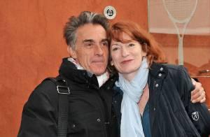 Roland-Garros 2013 : Gérald Holtz et Muriel amoureux devant Laury Thilleman
