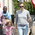 Jennifer Garner et Seraphina dans les rues de Los Angeles. Le 1er juin 2013.