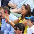 Jean-Pierre Pernaut et Nathalie Marquay accompagné de leur fils lors du onzième jour des Internationaux de France à Roland-Garros le 5 juin 2013