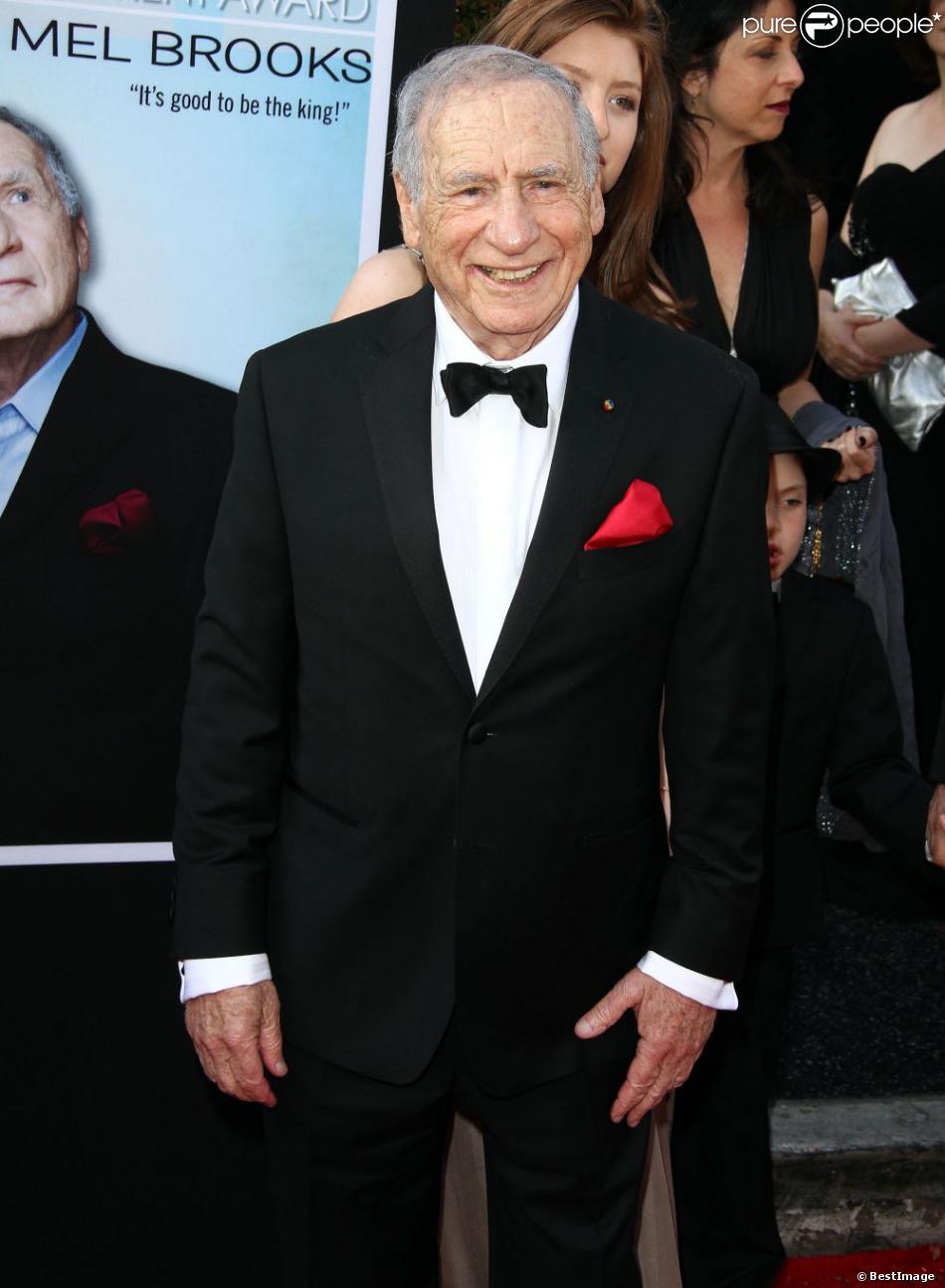 Mel Brooks pendant sa soirée hommage avec le AFI Life Achievement Award décerné à Mel Brooks au Dolby Theatre d'Hollywood, le 6 juin 2013.