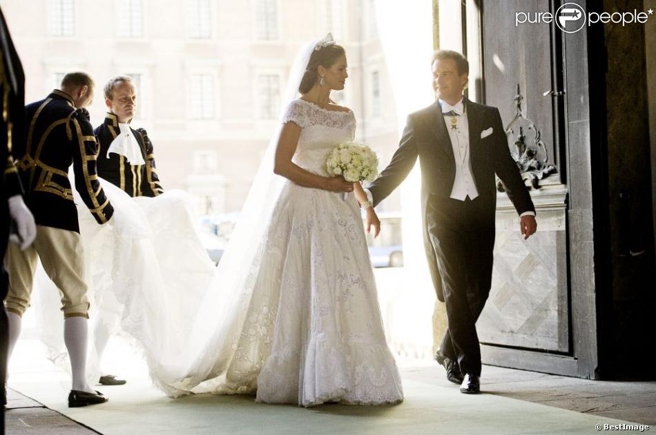 Habill e par valentino la princesse madeleine de su de a for Code de robe de mariage de palais de justice