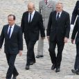 François Hollande, Jean-Yves Le Drian, Jean-Marc Ayrault, Kader Arif lors de l'hommage de la Nation à Pierre Mauroy, le 11 juin 2013 aux Invalides à Paris