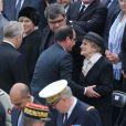 François Hollande, Jean-Marc Ayrault, Gilberte Mauroy et son fils lors de l'hommage de la Nation à Pierre Mauroy, le 11 juin 2013 aux Invalides à Paris