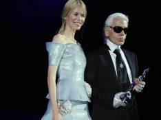 PHOTOS : Claudia Schiffer, une magnifique princesse aux Trophées de la Mode !