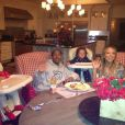 Mariah Carey a posté une photo d'elle et de sa famille le jour de la Fête des pères, le 16 juin 2013.