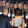 Barack et Michelle Obama - Le couple remonte à bord de l'Air Force One après leur court séjour à Berlin, le 19 juin 2013.