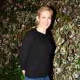 Kelly Rutherford - People à la sortie du Chateau Marmont à West Hollywood. Le 6 décembre 2012.