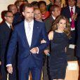 Le prince Felipe et la belle princesse Letizia d'Espagne lors d'une cérémonie de remise de prix et d'un concert, à Gérone, le 26 Juin 2013.