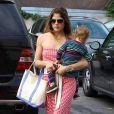Selma Blair et son fils Arthur à Studio City le 5 juillet 2013.