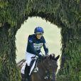 Zara Phillips en compétition de concours complet aux Barbury International Horse Trials le 6 juillet 2013, deux jours avant l'annonce de sa grossesse. La petite-fille de la reine Elizabeth II est enceinte de son premier enfant avec Mike Tindall.