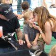L'actrice Selma Blair a passé la journée du dimanche 7 juillet 2013 avec son ex-compagnon Jason Bleick et leur fils Arthur, au Farmers Market de Studio City à Los Angeles. Au programme : tour en train, château gonflable et découverte des animaux de la ferme.