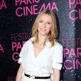 Lea Drucker légère et élégante pour la première du film Le Grand Méchant loup à l'occasion du festival Paris Cinéma au Gaumont Opéra à Paris, le 9 juillet 2013.