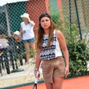 Leslie, Zaho, Priscilla complices de tennis au soleil de Juan-les-pins