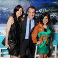 Louise Monot, Jean Dujardin et Reem Kherici lors de la présentation du film OSS 117: Rio ne repond plus le 7 avril 2009 à Paris