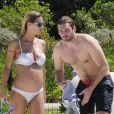 Michelle Hunziker et son compagnon Tomaso Trussardi à Ibiza, le 20 juillet 2013