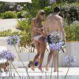 Michelle Hunziker enceinte, profite de ses vacances à Ibiza avec son compagnon Tomaso Trussardi, le 20 juillet 2013