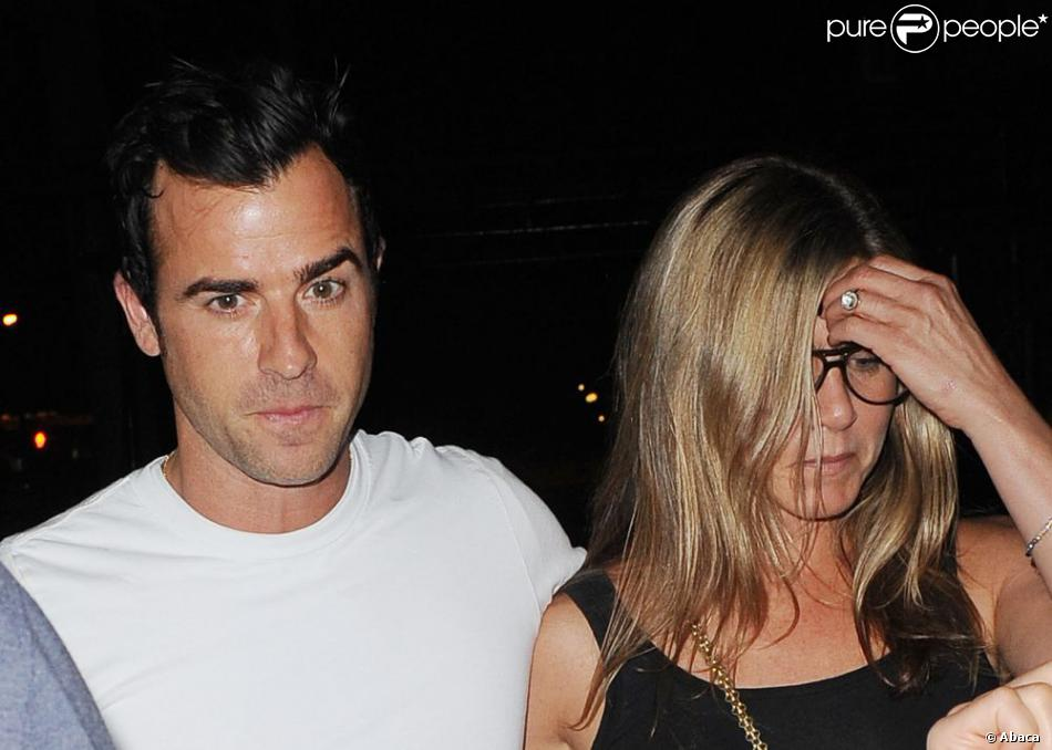 Jennifer Aniston et son fiancé Justin Theroux au Blue Hill Restaurant de New York, le 20 juillet 2013.