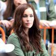 Megan Fox superbe et attentive sur le tournage de Teenage Mutant Ninja Turtle à Times Square, New York, le 22 juillet 2013.