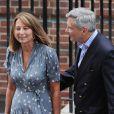 Carole et Michael Middleton sont allés voir le 23 juillet 2013 leur petit-fils, le bébé de Kate Middleton et du prince William, à la maternité de l'hôpital St Mary à Londres.